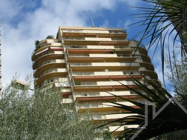Monaco / Residence Auteuil / Cave saine - Apartments for rent in Monaco