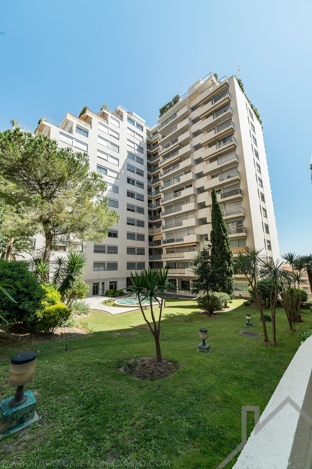 parking space - Apartments for rent in Monaco