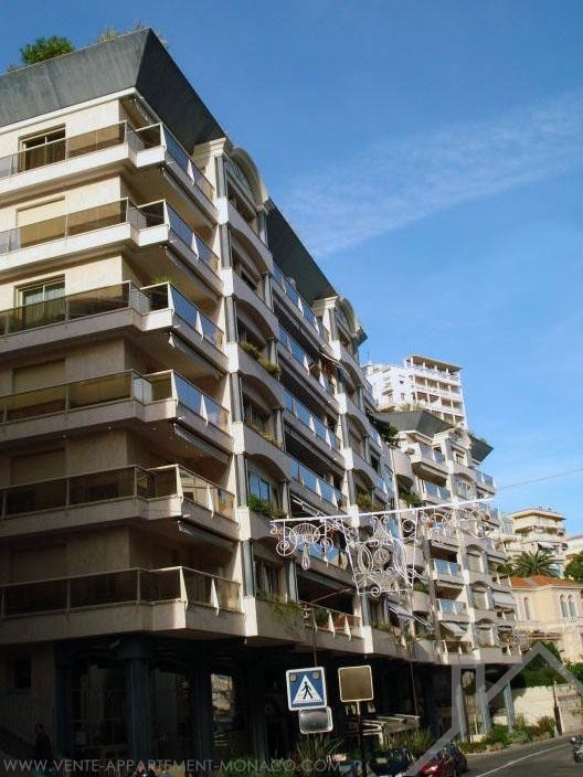 3/4 room float in Rocazur - Apartments for rent in Monaco