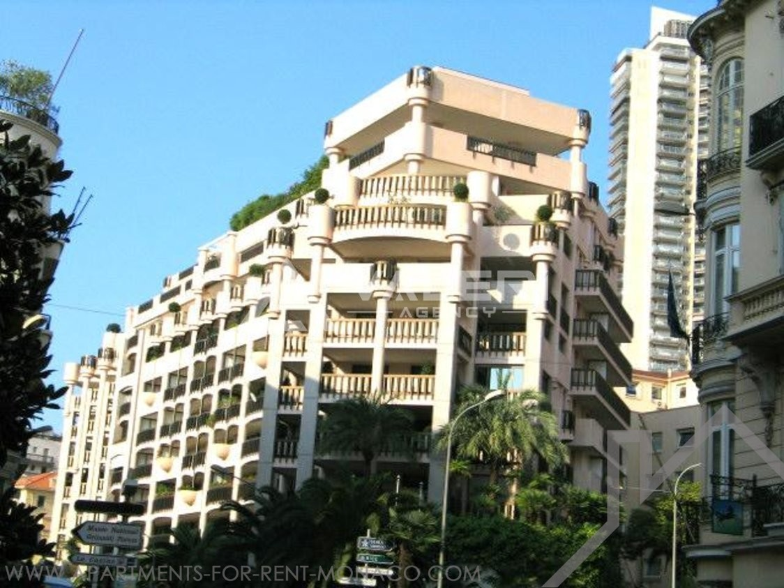 Parking for rent at the Monte - Carlo Palace - Apartments for rent in Monaco