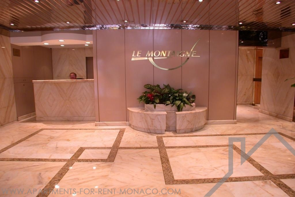 Luxury building in Golden Square Mixed-use studio furnished or - Apartments for rent in Monaco