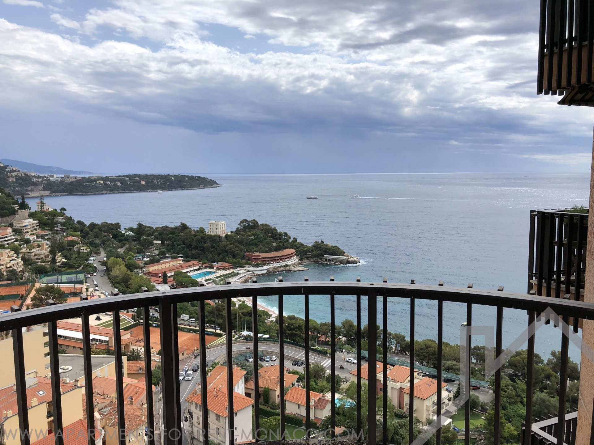 La Rousse/Saint Roman – 2 bedroom renewed apartment - Apartments for rent in Monaco