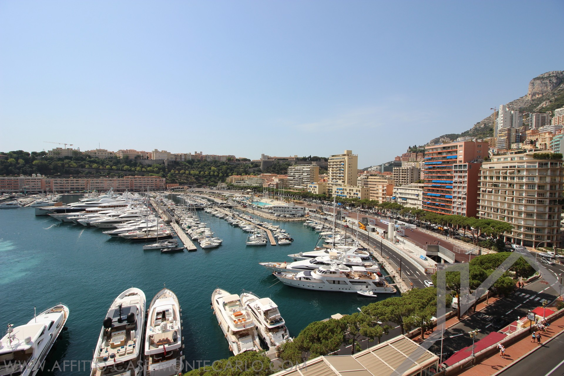 PORT - 4 ROOMS - Apartments for rent in Monaco
