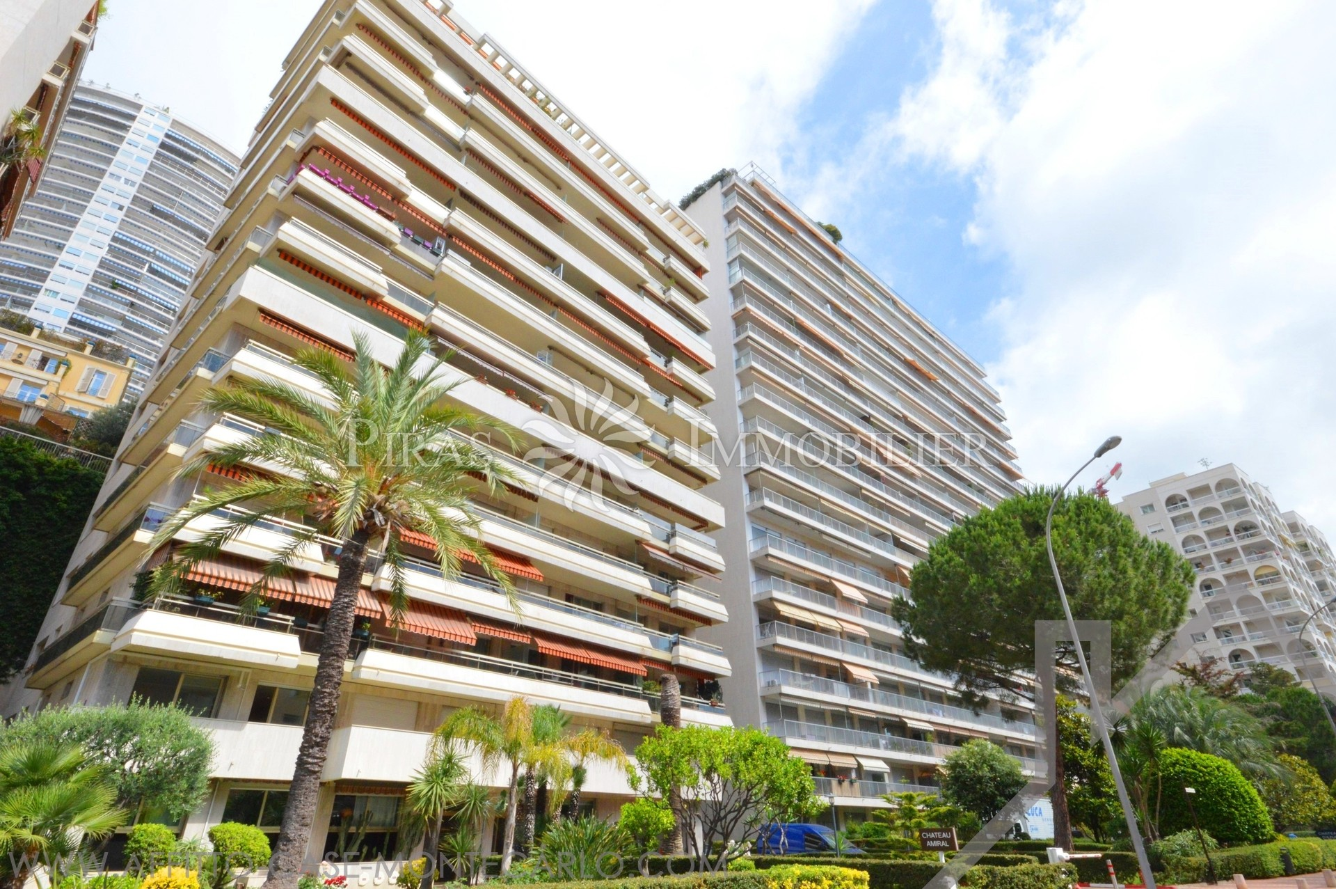 Château Amiral- Boulevard d'Italie - Parking - Apartments for rent in Monaco