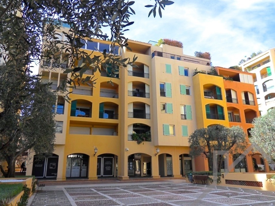 2 ROOMS in the BOTTICELLI - Apartments for rent in Monaco