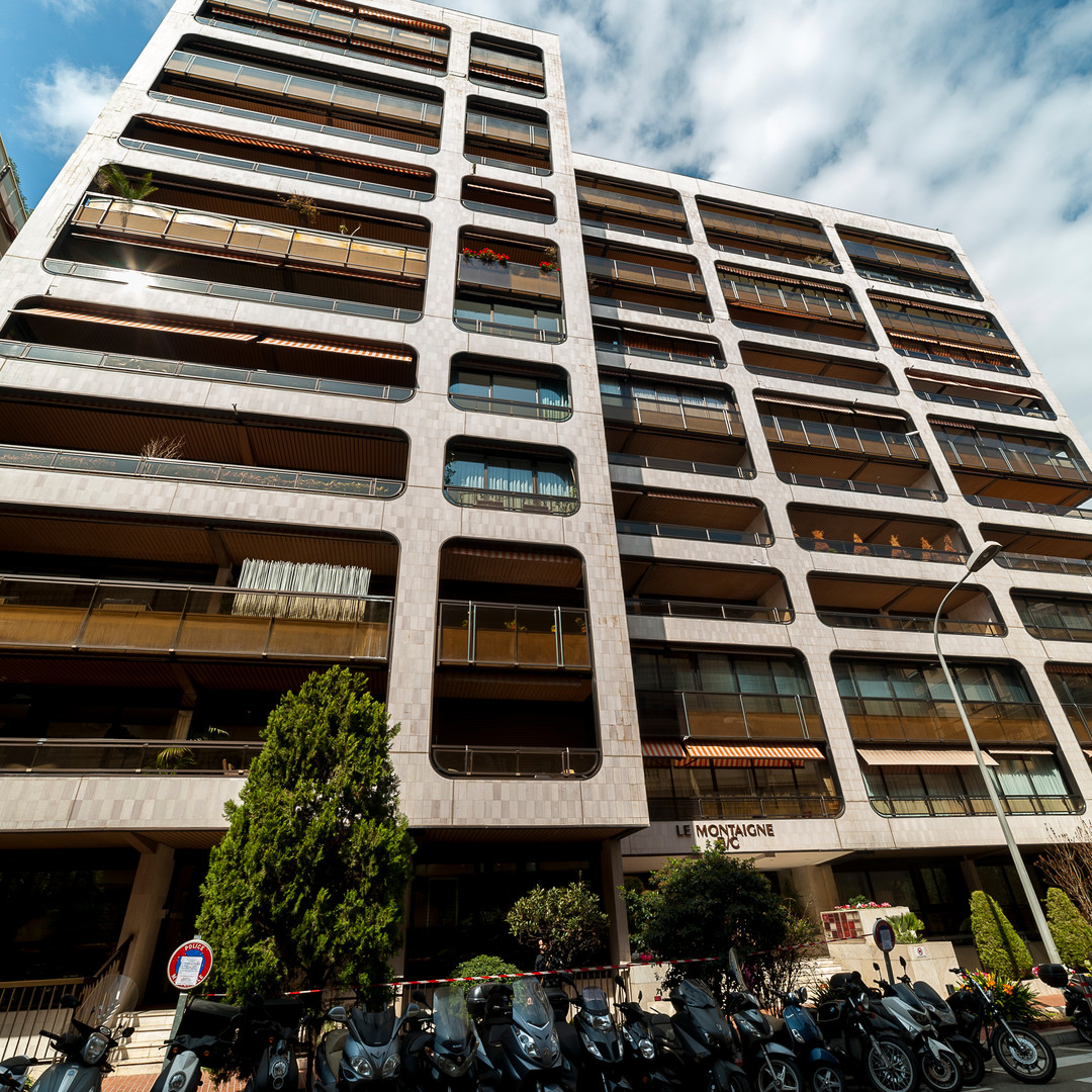 SELLAR FOR RENT BUILDING LE MONTAIGNE - Apartments for rent in Monaco