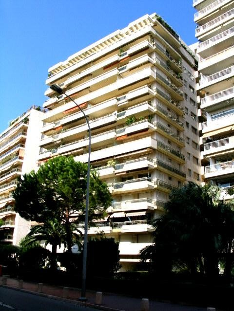Monaco/ Chateau Amiral / Parking
