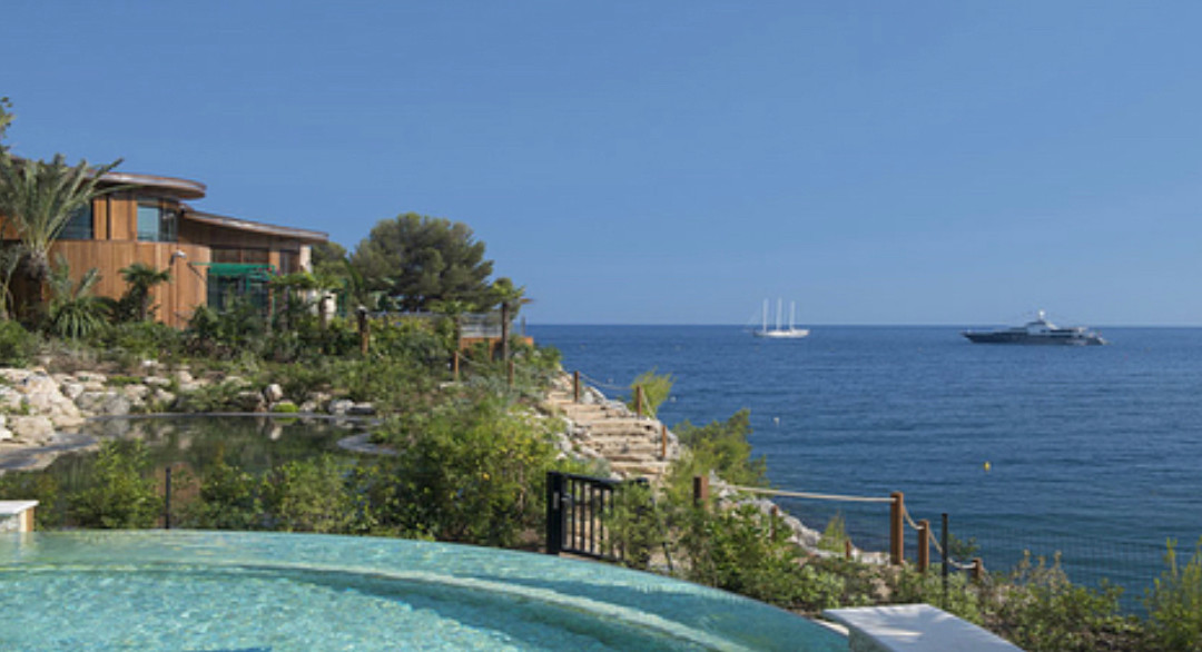 Seaside villas in the heart of Monaco