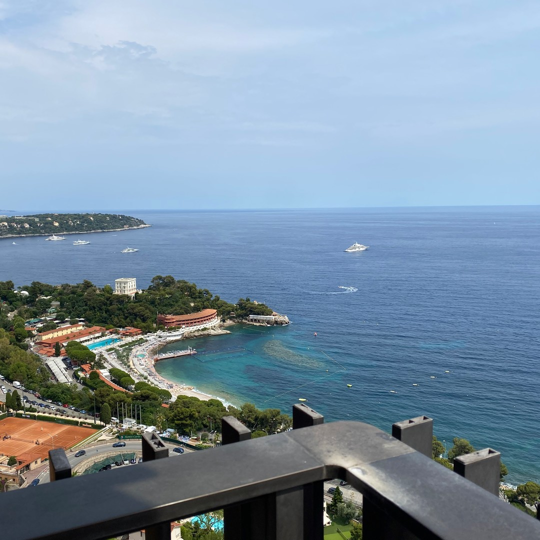 Parc Saint Roman - 2-bedroom apartment with panoramic sea view