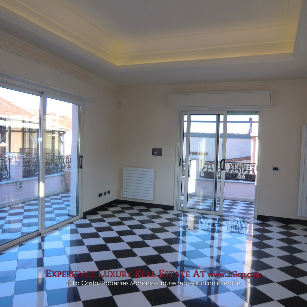 Beautiful duplex apartment - Monaco Ville